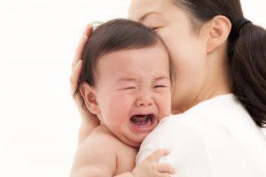 Trẻ bị viêm họng cấp và mãn tính cần điều trị như thế nào