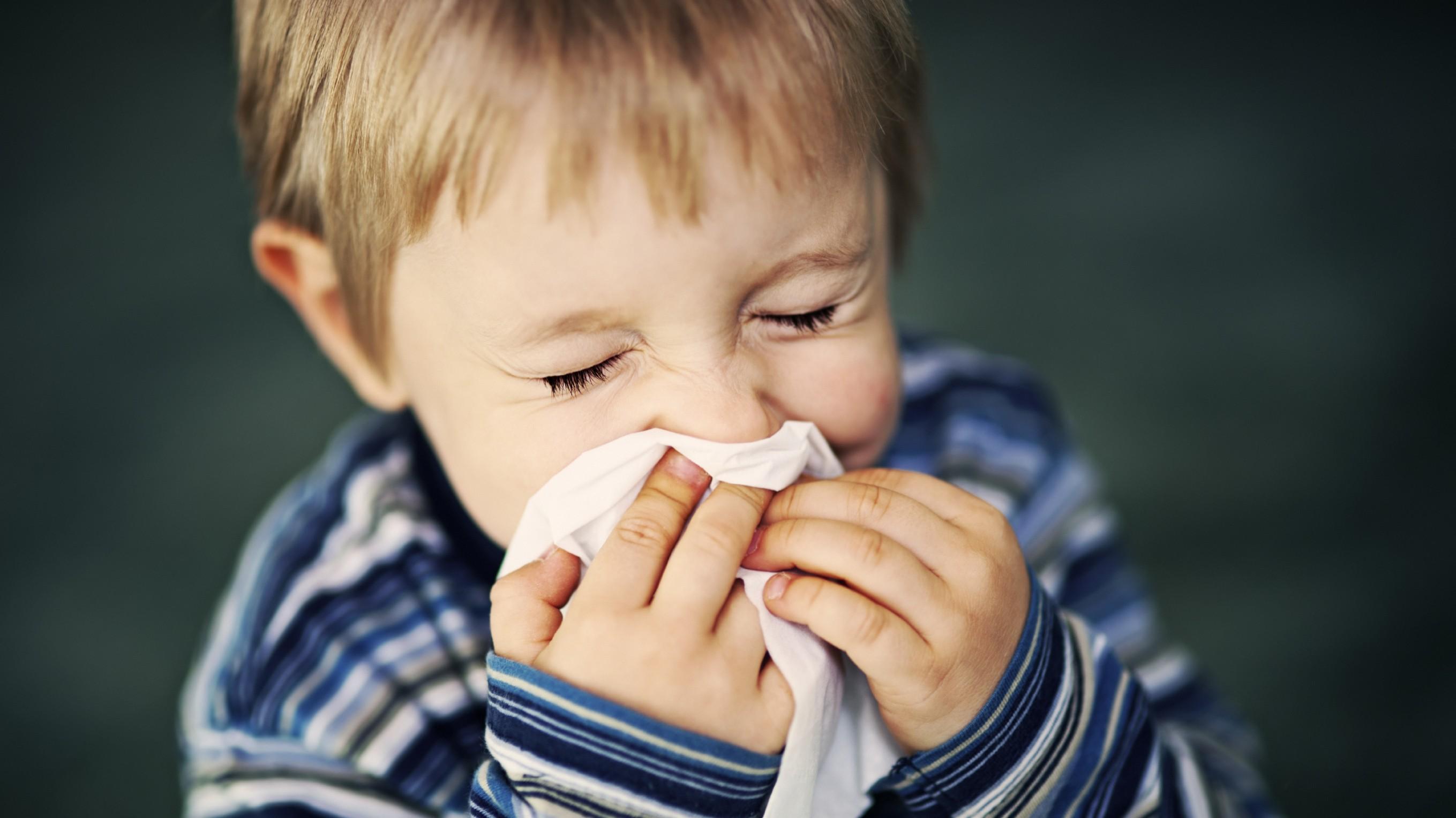Nguyên nhân gây bệnh viêm phế quản ở trẻ em